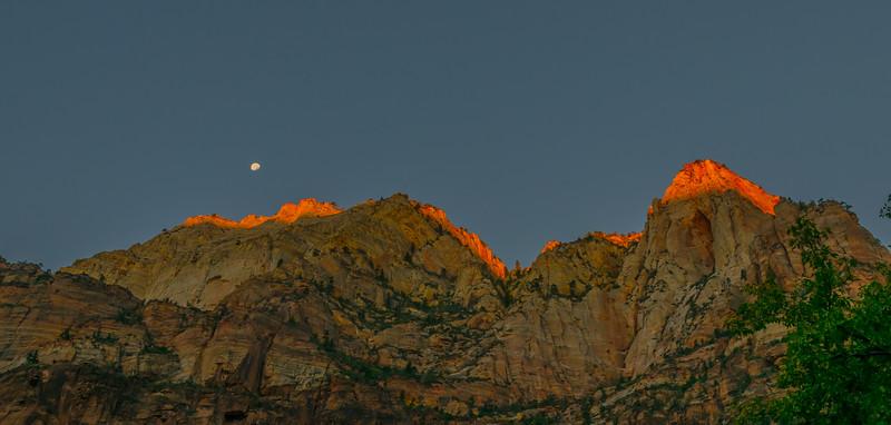 Moon set, Sun Rise