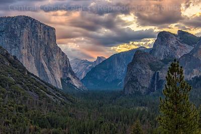Yosemite Valley, Dawn 9