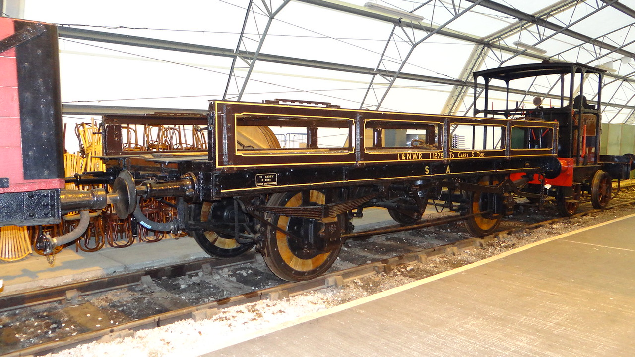 LNWR 11275 Open Carriage Truck 22,10,2012
