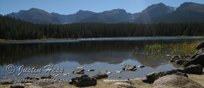 Panorama of Bierstadt Lake.