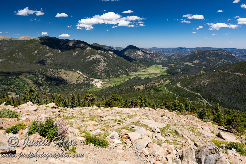 A wide angle view from Rainbow Curve.