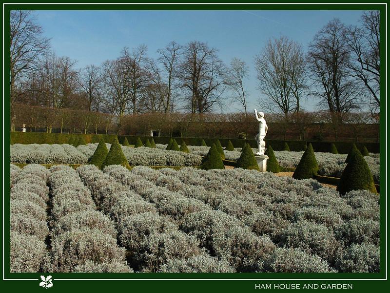 The lavender garden with the originol 17th century statue