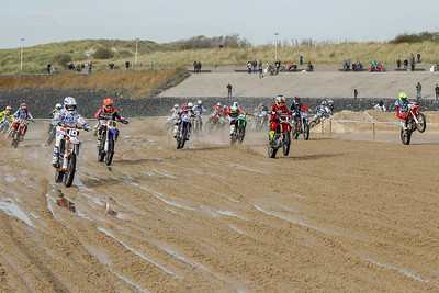 Start of the first race MX2