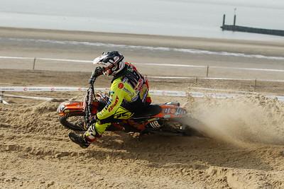 Van Mechelen 6 and 4, 5th overall