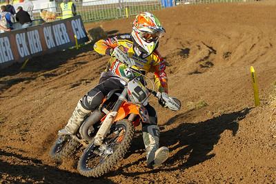 Van De Voorde is last; Vannieuwenhuyze crashed and had to abandon the race