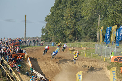 Martens takes the holeshot in the 2nd moto