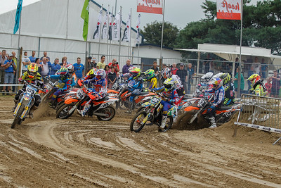 Start 1st race Youth/Jeugd 85cc (Verhelst has a problem)