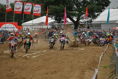 Van Den Berg pulls away