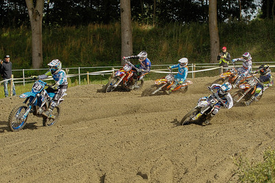Agard-Michelsen takes the holeshot