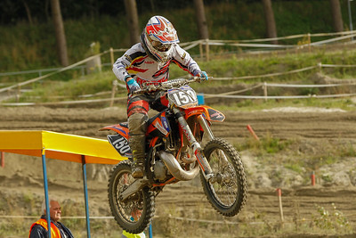 Te Dorsthorst is 3rd in the moto and the overall