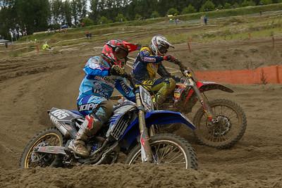 Van de Ven has engine problems but keeps on fighting