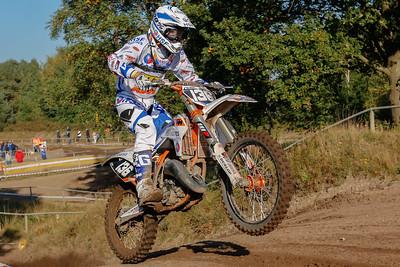 Van Kraaij follows suit