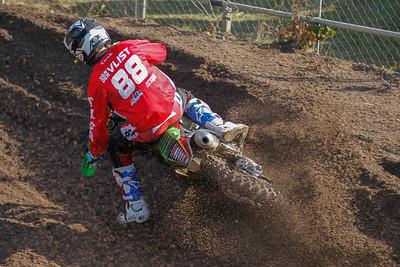 Van der Vlist pulls away