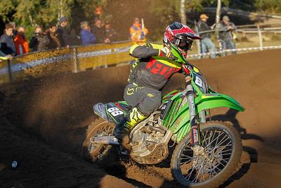 Van der Vlist still leads