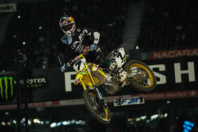 James Stewart wins the Superpole