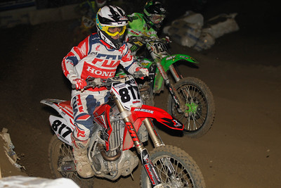 Jason Clermont takes the lead from Neugebauer