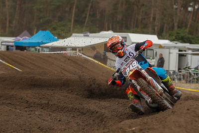 De Clercq finishes 6th and is 4th in the Nationals 125cc