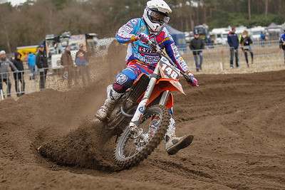 Delvoy leads the race until the last lap where Van Clapdorp passes him. Delvoy gets silver in the MX2 class