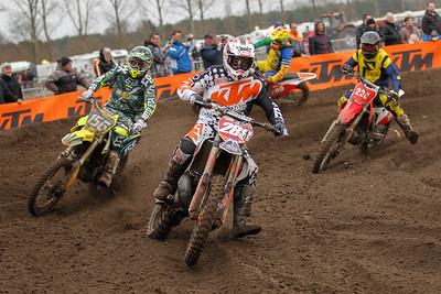 Van Hove in 8th with Bauters, Bleyaert and Natale