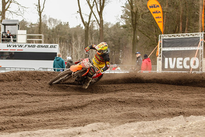 Natale moves up to 4th, is 7th in the 2nd heat good for 3rd in the MX1 class