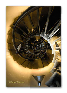 The Monument - Spiral Staircase (looking up or looking down?), London 2012  ©Gerald Diamond All rights reserved