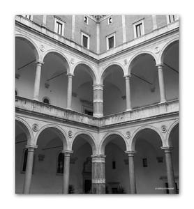 Palazzo della Cancelleria, Piazza Campo de' Fiori, Rome, 2013  ©Gerald Diamond All rights reserved