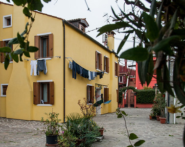 Wash Day #3, Burano, Venice, Italy 2013  ©Gerald Diamond All rights reserved