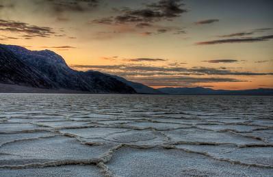 death-valley-badwater-sunrise