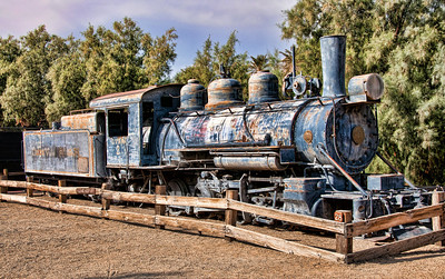 furnace-creek-train