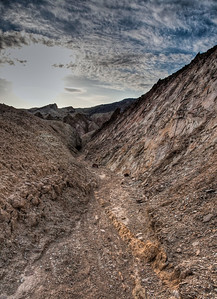 golden-canyon-trail-2