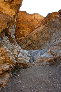 death-valley-mosaic-canyon-2