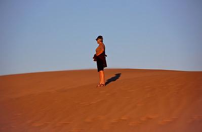 sand-dune-woman