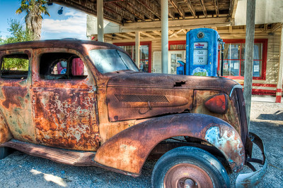 rusty-car-gas-pump