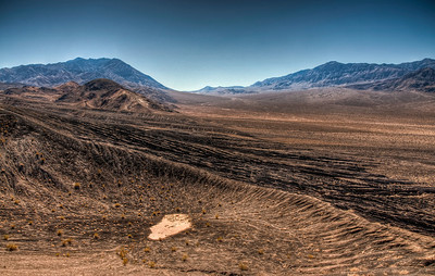 death-valley-ubehebe-hdr