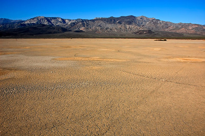 death-valley-floor-2