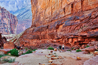 red-canyon-walls