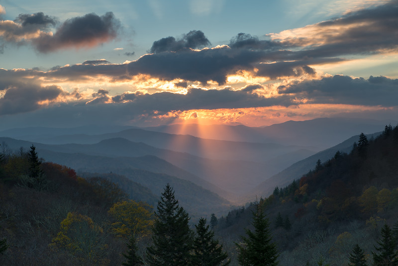 Sunrise from Oconaluftee Valley Overlook