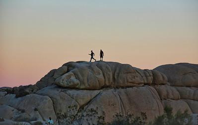 desert-rock-climbers