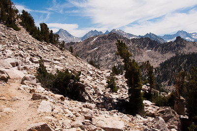 sierra-mountains-rockery