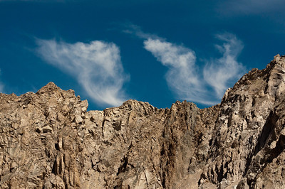 sierra-mountains-clouds