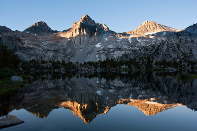 painted-lady-rae-lakes-reflection-3