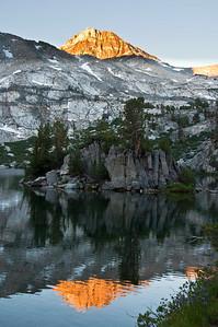 mountain-lake-sierras