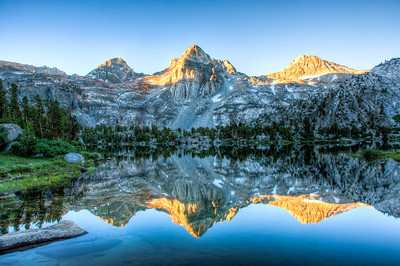 painted-lady-rae-lakes-reflection-2