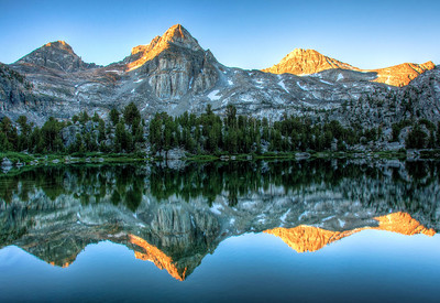 painted-lady-rae-lakes-reflection