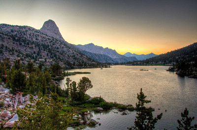 fin-dome-rae-lakes-sunset
