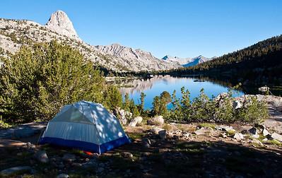 mountain-lake-tent-camping