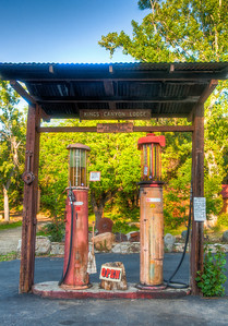 kings-canyon-lodge-gas-pumps-2