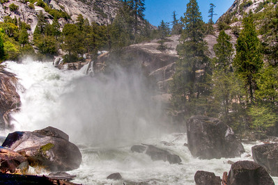 kings-canyon-river-mist-2
