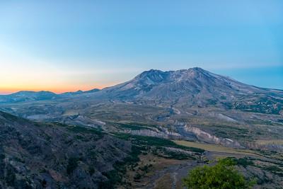 Mount St  Helens Sunrise - Mount St  Helens