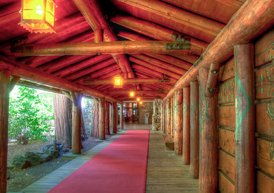 yosemite-ahwahnee-entry-2